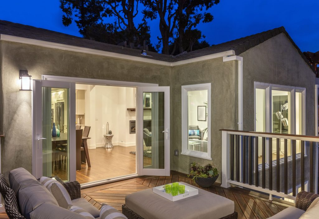 Amazing Second Floor Custom Deck with Patio Furniture - Home Remodeling Palo Alto