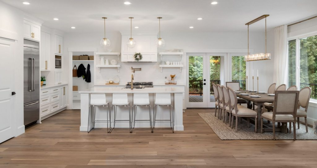 Modern Kitchen with Crown Moulding and White Kitchen Cabinets  - Kitchen Remodeling Palo Alto