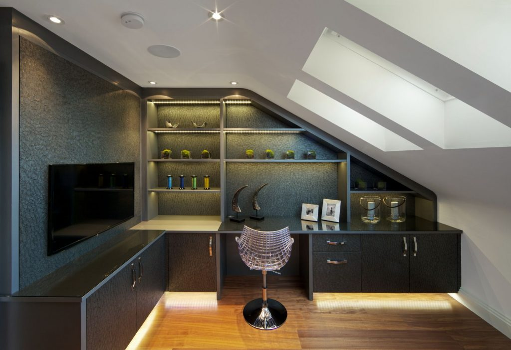 Space above garage transformed into black and white home office